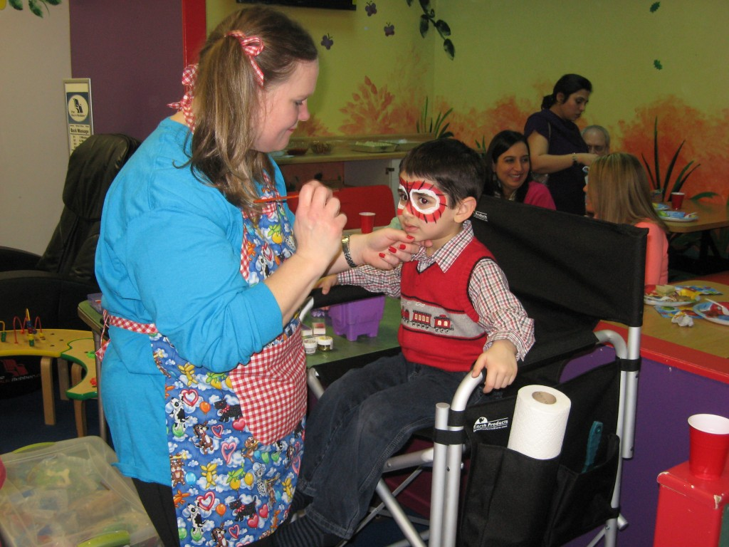 Balloon Twisting And Face Painting At Jellybean Jungle